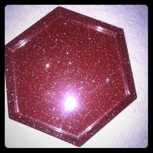 Red coaster with glitter